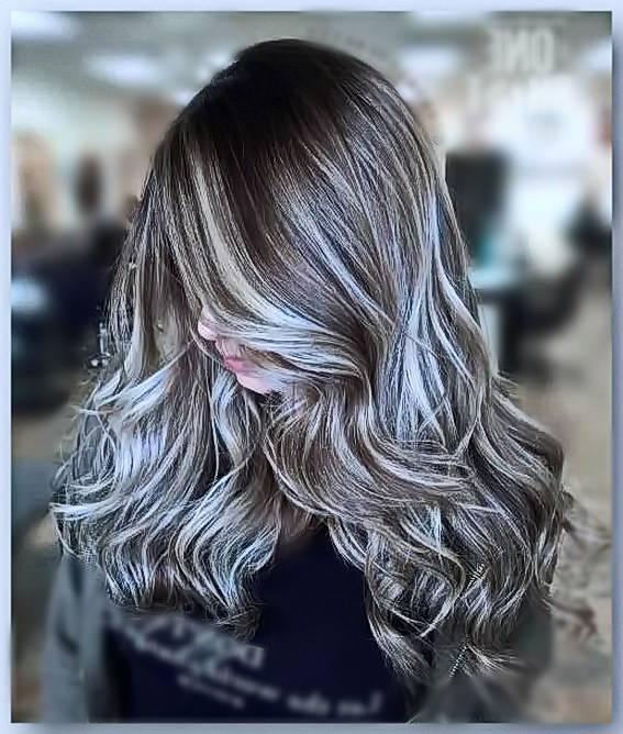 Балаяж на русые волосы: модный тренд, который выглядит дорого и стильно