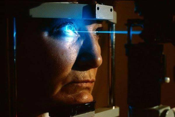 Лечение дальнозоркости у взрослых: лазер