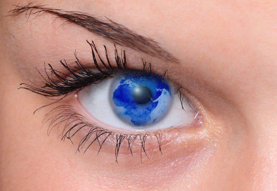 Оригинальная контактная линза