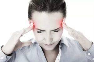 Голова болит от стресса