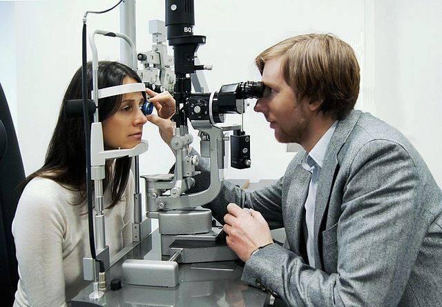 Работа офтальмолога