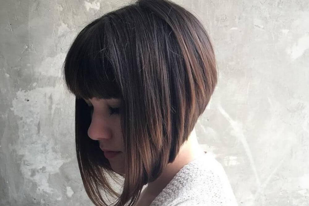 Стрижка каре на короткие волосы и среднюю длину: 76 фото, видео